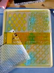 monoprint avec la glatine (Chantal 61) Tags: stencils monoprint glatine peintureacrylique balzerdesigns homemadegelatinprintingplate