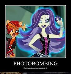 Photobomb (dorriebelle) Tags: mattel demotivational cheezeburger photobomb monsterhigh spectravondergeist toraleistripe