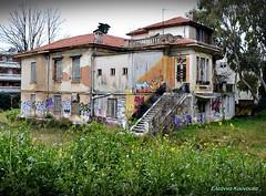 (Eleanna Kounoupa) Tags: graffiti ruins       oldbuildingsarchitecturekifisiagreece