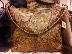 "janiebag cowboy tool saddle <a style=""margin-left:10px; font-size:0.8em;"" href=""http://www.flickr.com/photos/93882342@N03/8539254871/"" target=""_blank"">@flickr</a>"
