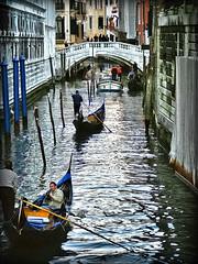 traffico sull'acqua (LPstyle) Tags: camera venice italy photoshop lens nikon pov hd nikkor acqua venezia hdr canale riflesso gondole veneto