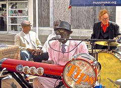 music maker bluesmen ~ watch: (Shein Die) Tags: musicmakerfoundation kottonpowe sheltonpowe ironingboardsam jukejointfestival streetphotography streetscene candid livemusic clarksdale