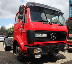 1017 (The Rubberbandman) Tags: old tractor classic truck vintage germany mercedes benz cab over engine semi lorry german trailer coe 1017 lastwagen lkw laster