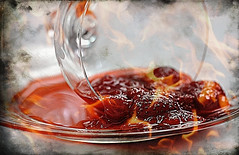 confiture de fraises (flambe au cognac) (Joss-Linn Gagn) Tags: jam strawberries macro texture stilllife naturemorte josslinngagn