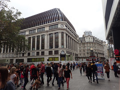2016_09_030008 (Gwydion M. Williams) Tags: britain greatbritain uk england london centrallondon leicestersquare