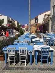 Turkey (Izmir-Alacati) Blue or white tables?? (ustung) Tags: bluewhite cafe outdoor table alaat izmir turkey