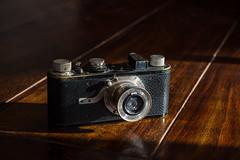 My old mistress (Photographische Einblicke) Tags: leicai classic analog elmar5035 historic