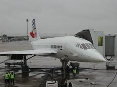 Air France Concorde @ CDG (Erik Griswold) Tags: 2002 paris december concorde af airfrance ssc cdg