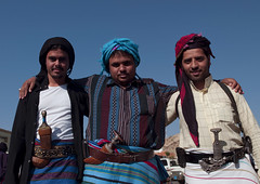 Flower Men From Asir, Saudi Arabia (Eric Lafforgue) Tags: smile horizontal outside friendship knife culture bluesky tribal moustache arabia dagger tradition ensemble sourire saudiarabia beduin bedouin confidence contemplation ethnography ksa tehama tribu bedu amitie aseer asser asir flowerman threepeople tiama exterieur flowermen moyenorient onlymen tihama jambia colorpicture confiance asseer asirmountains bienveillance dangerousplace arabiesaoudite etrehumain colourpicture jambyia thelandofthetwoholymosques hommefleur flowerwarrior hommesfleursdarabie endroitdangereux ksa02661