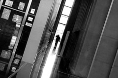 [Law] (ez90) Tags: street people urban white black france reflection canon french blackwhite palaisdejustice noiretblanc mark corridor ii 5d law nantes gens loi