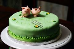 Ziu Togn (Dolcegacreations) Tags: pig antonio santantonio maiali pdz sugarpaste cakedesign pastadizucchero dolcegacreations wwwdolcegacom dummiecakes