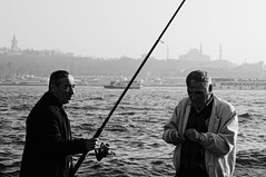 (Taygun AHISKALI) Tags: life street old city sea blackandwhite bw white black contrast turkey photography blackwhite fishing minolta candid sony streetphotography streetscene istanbul shutter fisher 35105mmf3545 35105 oldversion a580 taygunahıskalı