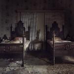 Deathbed  ( explore )