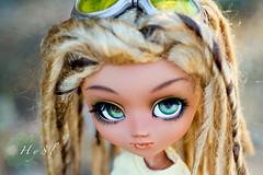Summer  (HyS) Tags: black doll coconut tan wig designs pullip custom dreads rasta sheryl ato marrone rastafari nahh obitsu hysl