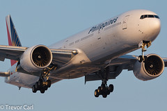 Philippine Airlines | RP-C7776 | Boeing 777-36N/ER | YYZ | 02.13.2013 (Trevor Carl) Tags: airplane photo aviation transport boeing yyz philippineairlines torontopearsoninternational 77736ner alltypesoftransport rpc7776