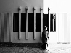 Light is life (unoforever) Tags: street people monochrome photography calle gente streetphotography streetphoto fotografa csp spmonochrome unoforever