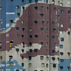 Camouflage - Paris (Gerhard R.) Tags: paris building architecture arquitectura architektur modernarchitecture modernearchitektur mileaillaud quartierpablopicasso