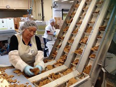 See's Candies: Peanut Brittle (Guzzle & Nosh) Tags: la losangeles factory peanut brittle lacienega seescandies