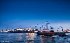 Hafen_IMG_7710 (Michael_1703) Tags: canon germany deutschland hamburg tugboat canoneos elbe hamburgerhafen schlepper blauestunde blohmvoss portofhamburg michaelsuhl canoneos5dmkiii