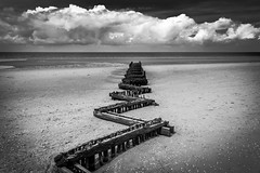 Out to sea (mcfoto.co.uk) Tags: 2016 beach hunstanton huts next sea the wells july groyne ocean black white blackandwhite uk seascape landscape