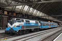 "20160813 RPR 1215 + ""PRR"", Amsterdam CS (Bert Hollander) Tags: amsterdamcentraal asd railpromo loc 1215 eloc locomotief serie 1200 panoramarailrestaurant rpr trein 33201asdgv"