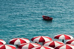 Blue, Red, White: essence of essential. Amalfi, South italy. (blackcat83) Tags: sea mare ombrelloni red rosso white bianco blu amalfi coast barca boat italy southitaly campania ngc