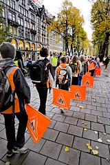 Refleksdagen 2008 (Bymiljetaten) Tags: barn flagg mennesker refleks skolebarn trafikk trafikksikkerhet bruker folk menneske person personer