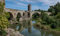 Bridge of Besal (Meino NL) Tags: pontdebesal bridgeofbesal besal middeleeuwsebrug medievalbridge elfluvi catalunya cataloni spain spanje espaa espagne