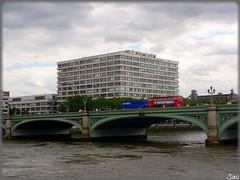 London (United Kingdom) (sky_hlv) Tags: westminster westminsterbridge bridge puente london londres reinounido unitedkingdom granbretaa greatbritain inglaterra england europe europa riotmesis thamesriver rio river