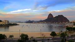 Po de Acar (Hamilton Braga) Tags: riodejaneiro praiadebotafogo mar sea beach landescape paisagem sunset baiadeguanabara