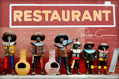 "Metal Mexican Mariachis 14 (Ruben Gusman Photography) Tags: mariachis losalamosmarketycocina "" mexican chimenea"" mexicanrestaurant mariachisculptures mexicanchimeneafirepits losalamos"