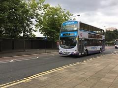 YN53 EFT (31798) working the 267 to Hamilton (West Scotland Transport) Tags: 31798 eft yn53 yn53eft buchananbusstation hamilton 267 glasgow b7tl volvob7tl volvo bus decker double gemini wright wrightbus wrightgemini lanarkshire firstlanarkshire firstgroup firstbus first