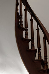 upstairs :: downstairs (dotintime) Tags: upstairs downstairs stairs steps riser banister turned curve balustrade baluster dotintime meganlane