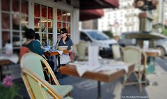nothin' like an outdoor table in paris (Rex Montalban Photography) Tags: paris france restaurant europe tiltshift rexmontalbanphotography