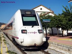 Automotor diésel 598 de Renfe Media Distancia (Meijo Ferroviario Salamanca) Tags: media diesel distancia renfe plasencia ferroviario automotor 598 meijo