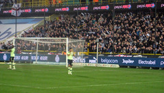 Club Brugge 2-2 NUFC: Shola and Taylor salute the fans (fergi19) Tags: club newcastle army europa united brugge toon league