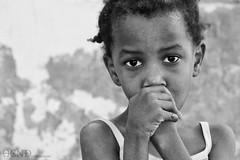 street child 2 (HeNd Almarzoki) Tags: street saint barn canon eos san child kind jeddah enfant nio ksa bambino         albalad hend        1000d canoneos1000d  almarzoki