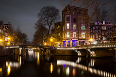 Herengracht / Leliegracht (Seitrams) Tags: longexposure reflection amsterdam canal long exposure nightshot thenetherlands le herengracht leliegracht relections hss northholland amsterdamatnight canalsofamsterdam yahoo:yourpictures=light