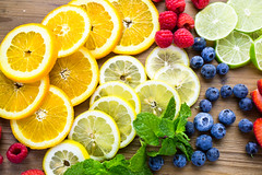 4 Fruit Infused Water Recipes (GirlWithCurves) Tags: fruitinfusedwater recipes taneshaawasthi girlwithcurves health healthtips healthyliving