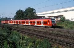 425 111 + 109  Tamm  01.08.03 (w. + h. brutzer) Tags: tamm eisenbahn eisenbahnen train trains deutschland germany railway triebwagen triebzug triebzüge 425 db webru analog nikon zug