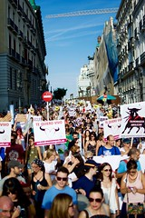 Nachos - 317 (Gaetano Prisco) Tags: madrid spain demonstration protest procession cortege animal activist bull bullfight matador flags