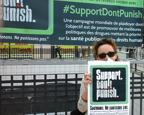 support don't punish  Pau 201615