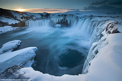"Goafoss ""Waterfall of the Gods"" - North Iceland (skarpi - www.skarpi.is) Tags: winter snow ice water river island waterfall iceland tour north foss myvatn sland godafoss mvatn phototour goafoss bradalur skjlfandafljt norurland northiceland skarpi"