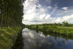 Damme Leopoldkanaal (Roland B43) Tags: landscape belgium damme leopoldkanaal mygearandme mygearandmepremium mygearandmebronze mygearandmesilver mygearandmegold rememberthatmomentlevel1 flickrsfinestimages1 rememberthatmomentlevel2 vigilantphotographersunite vpu2 vpu3 vpu4 vpu5 vpu6 vpu7 vpu8 vpu9 vpu10