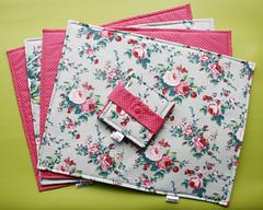 Jogo Americano (Meia Tigela flickr) Tags: flores floral handmade artesanato artesanal craft decoração jogo mesa americano tecido estampado jogoamericano feitoamão