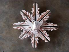 Divino com esplendor 38 cm (fabriciabarcelos) Tags: madeira divino artesanatomineiro divinoespiritosanto ôsô