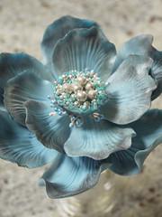blue fantasy flower (Scrummy Mummy's Cakes) Tags: blue caketopper chinablue fantasyflower