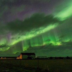 Norurljs/Northern lights/Aurora borealis (CV0A9915) (nurdug2010) Tags: houses tractor clouds fence countryside traktor northernlights auroraborealis snfellsnes hs sk norurljs sveitabr giring canoneos5dmarkiii gudrunhauksdottir nurdugh gurnhauksdttir zeisslinsa heyrlluir
