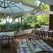 ...mentre d'estate la colazione in veranda rinfresca i vostri risvegli!