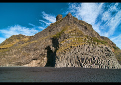 Stuðlaberg basalt columns on Reynisfjara black sand beach near Vik, southern Iceland (jitenshaman) Tags: travel beach nature landscape blacksand iceland europe natural vik destination column basalt stuðlaberg reynisfjara víkímýrdal worldlocations studlaberg reynisfjoru